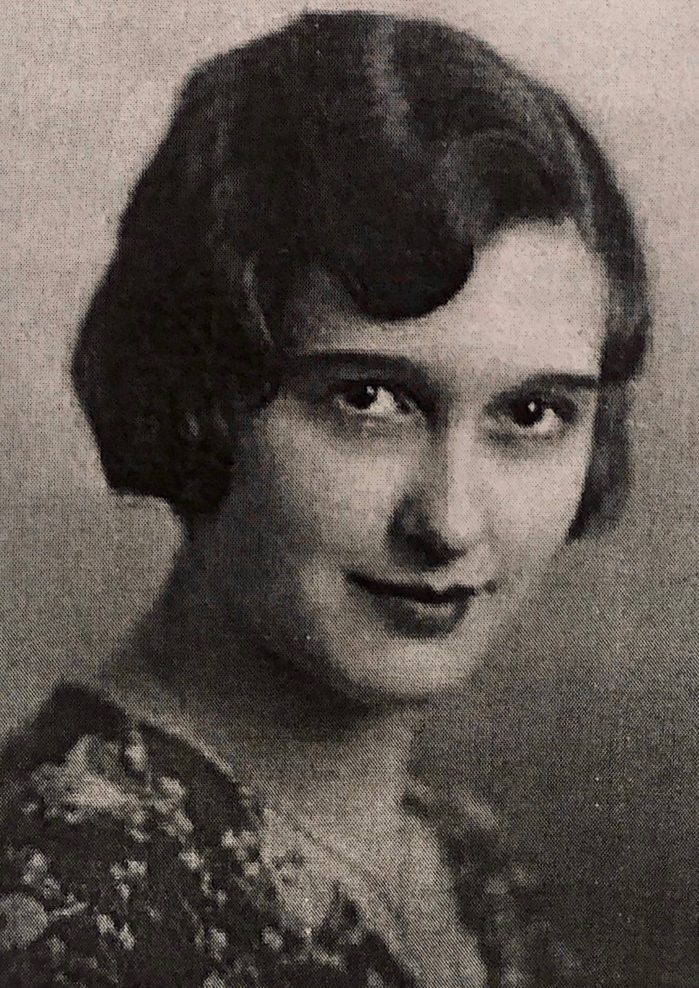 Esther Knight